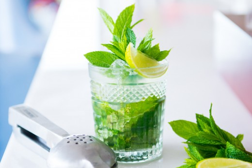 signature-cocktails-mojito-1-1-520x347